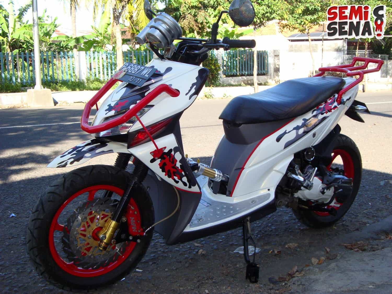 Download Modifikasi Motor Vario Hitam Terkeren Velgy Motor