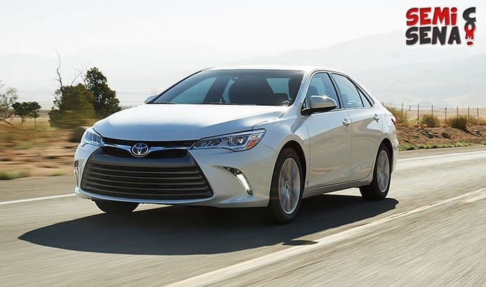 Harga Mobil Toyota Camry