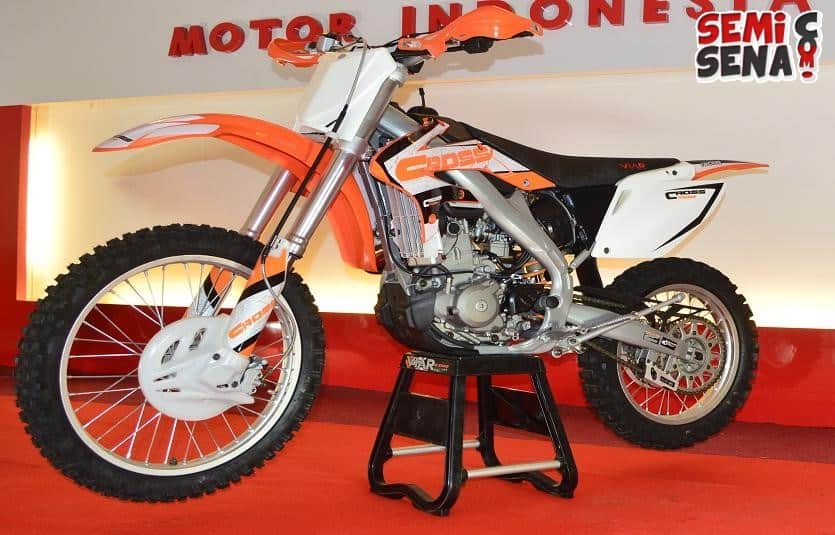 viar cross x 250