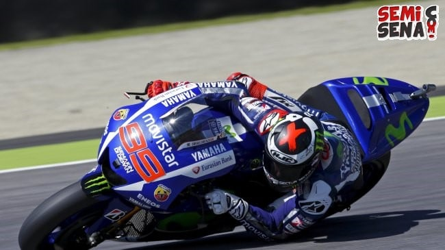 Yamaha MotoGP rider Lorenzo of Spain takes a curve during the first free practice for the Italian Grand Prix at the Mugello circuit