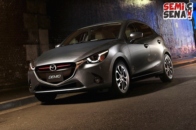 edisi-spesial-model-2016-mazda-bertema-racing