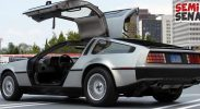 "Mobil ""Back To The Future"" Muncul Di California"