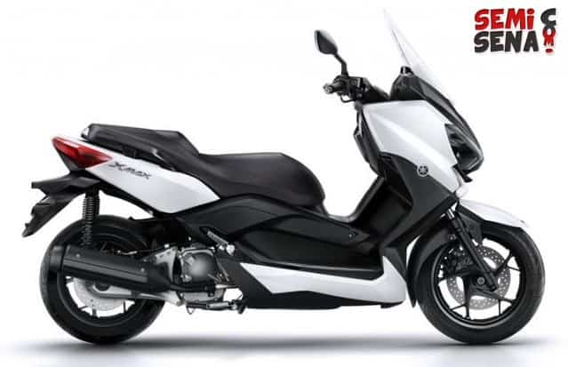 Review Yamaha X-Max 250